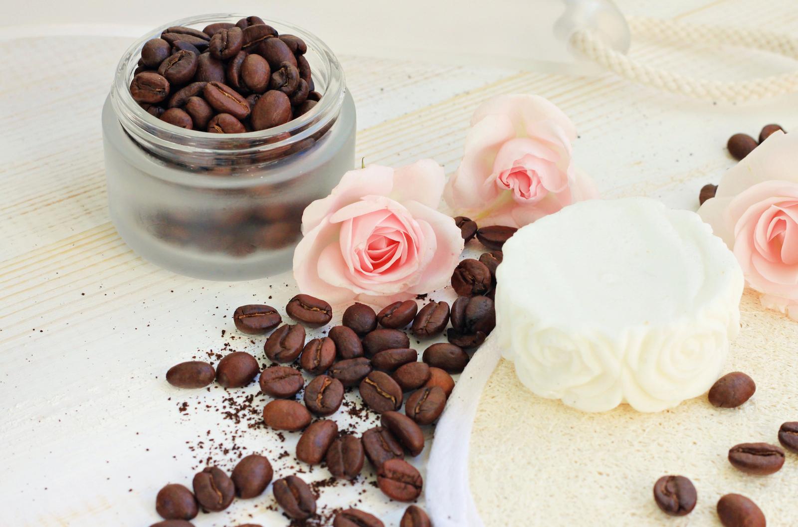Il Caffè Dalle Tante Virtù: LA COSMETICA NATURALE