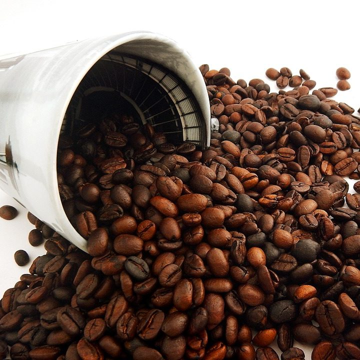 spilled-coffee-2543133_960_720